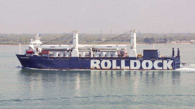 rolldock_sky