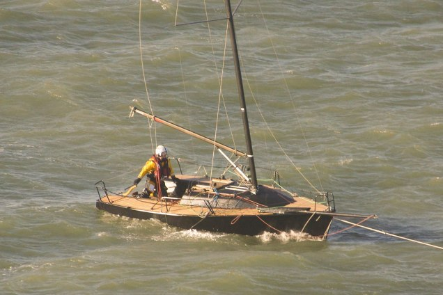 1324: towing back to a mooring
